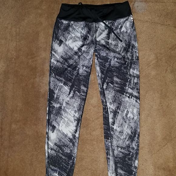 Danskin Pants - Womens Danskin M black/gray/white fitted leggings